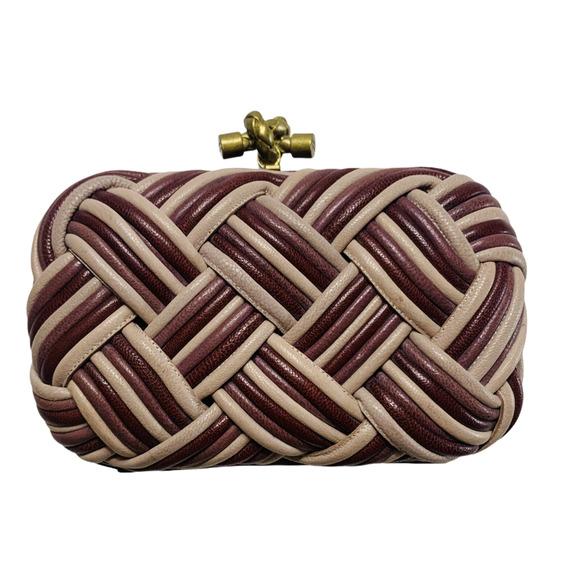 Bottega Vaneta Knot Intrecciato Leather Clutch